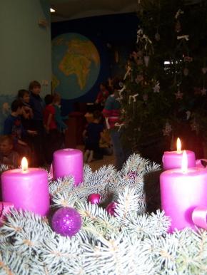Náhled ke článku Zapálení 3. adventní svíce