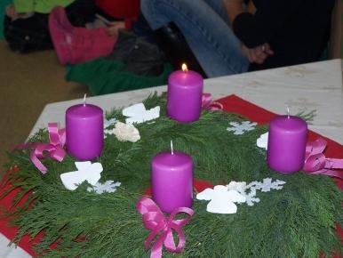 Náhled ke článku Advent - zapálení 1.svíce na adventním věnci