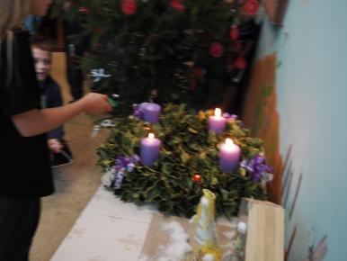 Náhled ke článku Zapálení 4. adventní svíce