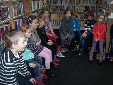 Náhled ke článku Žáci 1. ročníku podruhé v místní knihovně